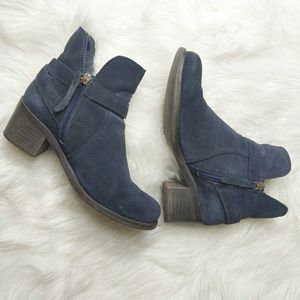 Tommy Hilfiger blue suede ankle boots